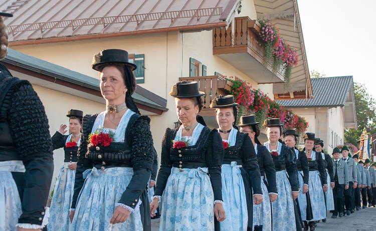 Br Fest Ang Mus Trach 2018 08 18 1817 02 D Roha Brauchtum Fest Anger Trachtenverein Musikkapelle