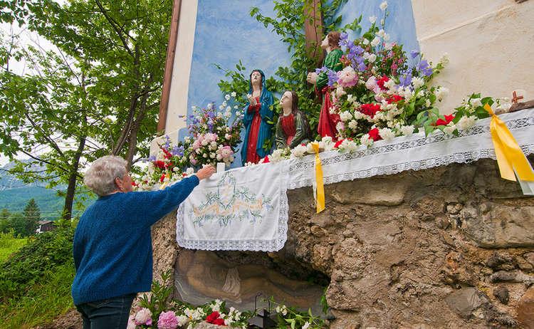Hochkreuz Altar in Anger
